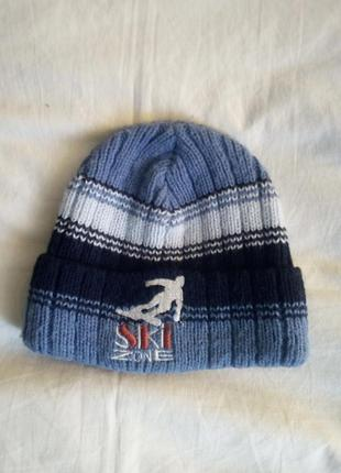 Классная зимняя шапка для мальчика.