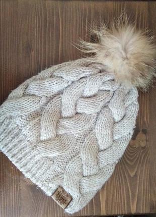 Зимняя тёплая шапка