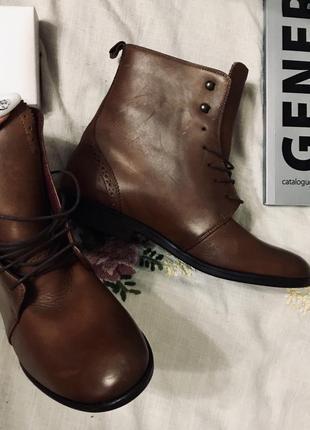 Кожаные супер качественные итальянские ботинки kiomi