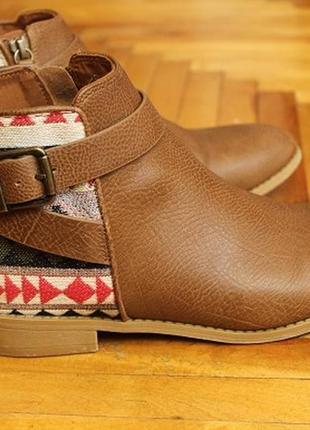 Модные ботинки,демисезонные divided h&m