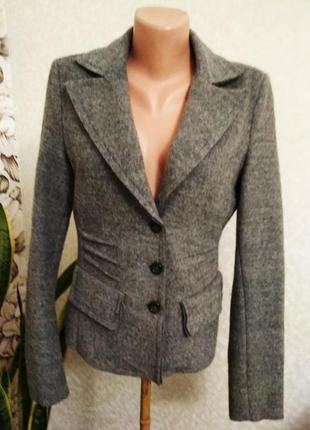 Жакет, пиджак, шерсть. 1+1= 50% скидки на 3ю вещь.