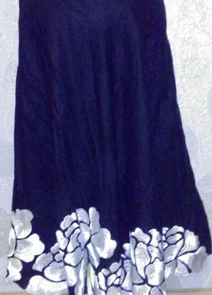 Изумительная  льняная  юбка с вышивкой любимого бренда маленький размер распродажа