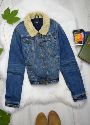 Джинсовый пиджак жакет с меховым воротником