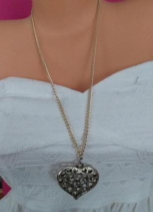 Очень модная цепочка с кулоном в виде сердца