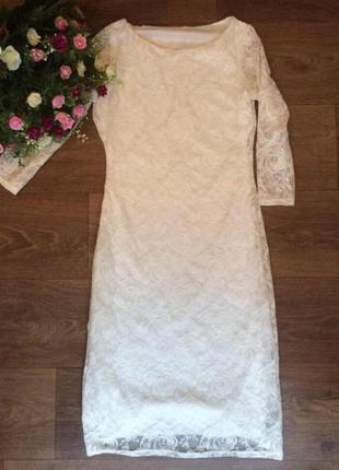 Шикарное кружевное платье миди