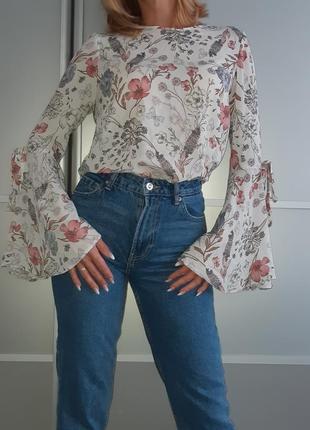 Блуза с расклешенными рукавами atmosphere