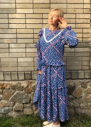 Oversize платье для ярких прогулок