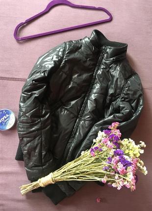 Теплая куртка , дутик zebra в идеале