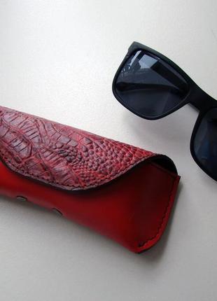 Очечник / чехол для очков / футляр для очков/ кожаный футляр/ красный футляр