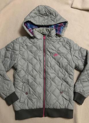 Осенняя-весенняя куртка nike
