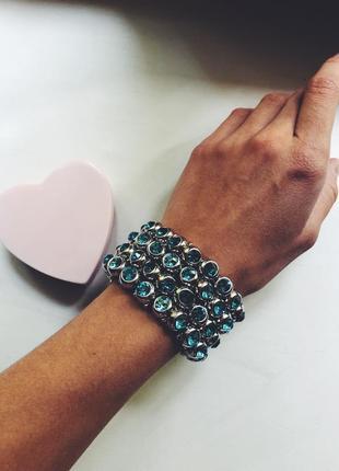 Шикарный браслет с бирюзовыми камнями