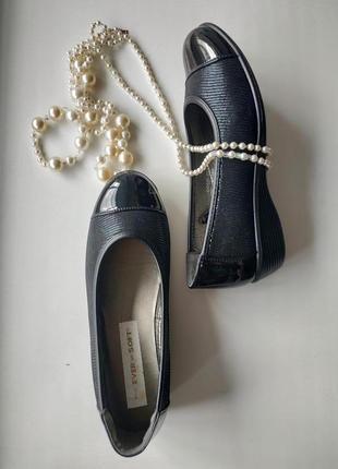 Удобные, лёгкие осенние туфли ever so soft, размер 7