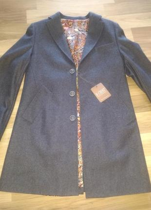 Пальто пиджак
