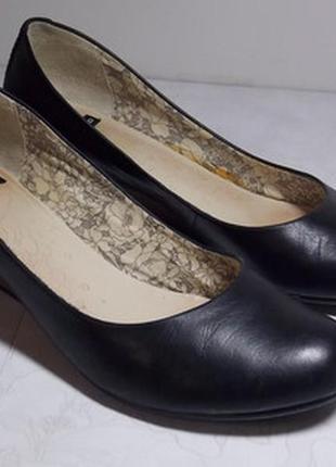 Женские кожаные туфли vagabond  р.39
