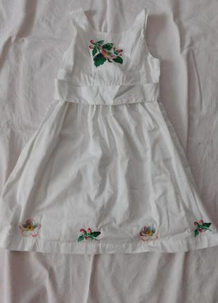 Вышитое платье ручная вышивка1 фото