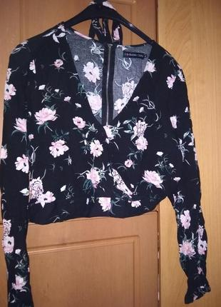 Вкорочена блуза