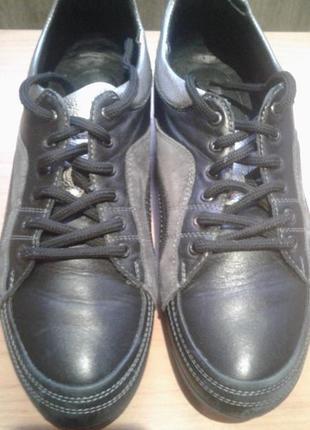 Мужские кожаные спорт.туфли,43 размера