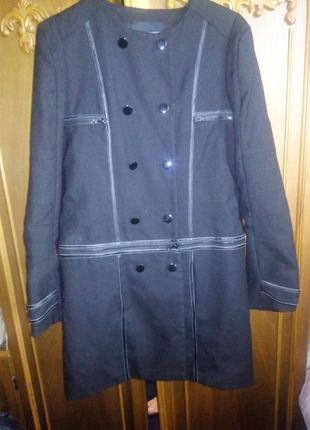 Шерстяное  тонкое пальто-пиджак 2 в одном