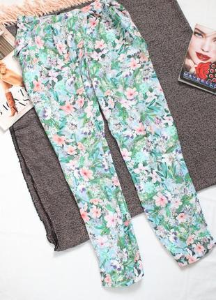 Летние брюки в цветы zara зара м 38 размер