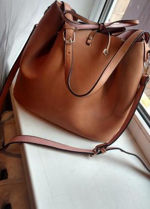 Очень крутая женская сумка. большая сумка. сумка через плечо