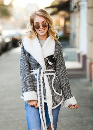 Дубленка-пальто на овчине серая