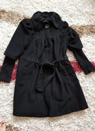 Кашемировое пальто с вязаным рукавом