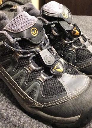 Viking кроссовки серые унисекс 23.5-24 см
