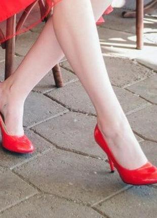Туфлі на підборах