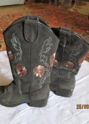 Сапоги ковбойские казаки замш с вышивкой, италия 36 размер