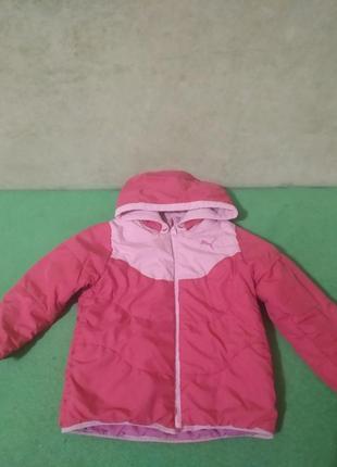 Демисезонная куртка для девочки. рост 110 см