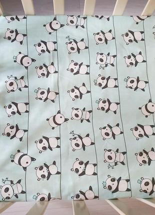 Наматрасник на резинке pandas