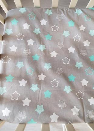 Наматрасник на резинке stars