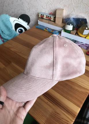 Стильная пудровая кепка бейсболка ostin