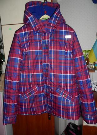 Яркая,куртка том тейлор оригинал, s-ка,, новая.