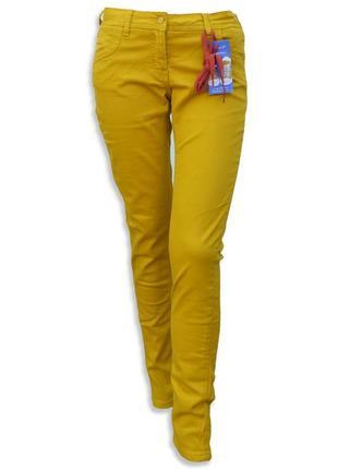 Модные джинсы горчичного цвета denim and co jbc skinny fit