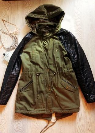 Деми куртка парка хаки с черными кожаными рукавами батал большой размер с капюшоном