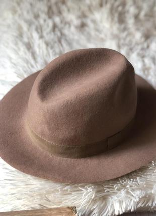 Шляпа clockhouse