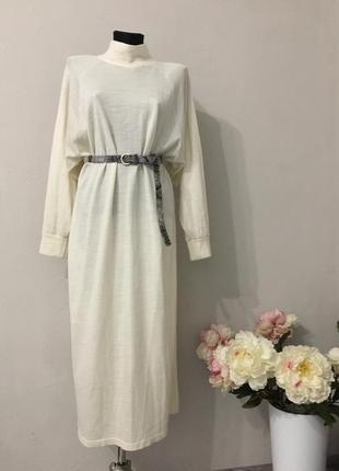 Молочное платье джемпер оверсайз в составе шерсть