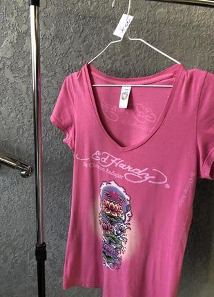 Розовая футболка ed hardy