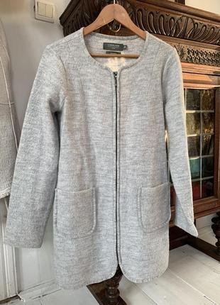 Шерстяне пальто
