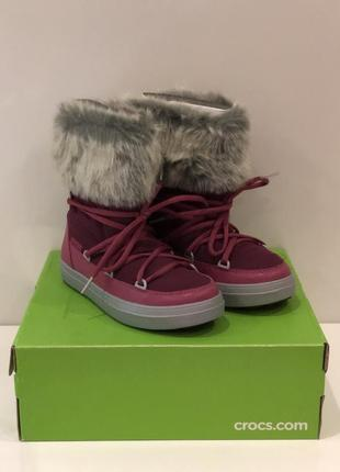 Зимние сапожки crocs lodgepoint lace boot