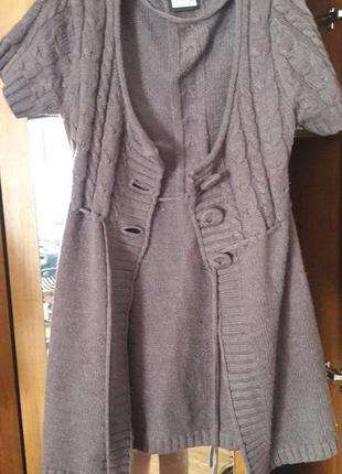 Вязаный кардиган. вязаная кофта. жилетка. свитер