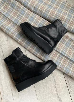 Кожание ботинки, сапоги ,черевики manas