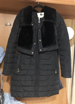 Куртка со съемной жилеткой из мутона . размер s
