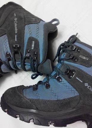 Классные gore-tex ботинки columbia
