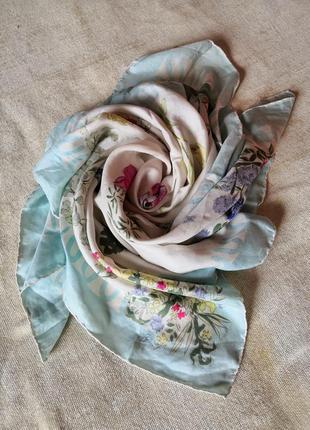 Шелковый винтажный платок в пастельных тонах