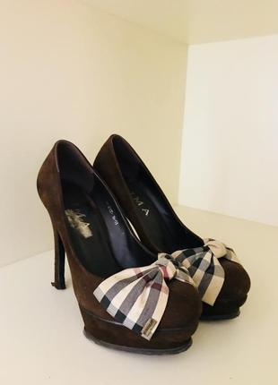 Туфли, женская обувь