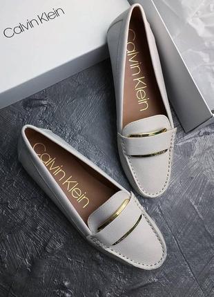 Calvin klein оригинал светло-бежевые туфли лоферы бренд из сша