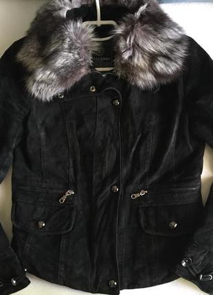 Скидка!кожаная куртка.натуральная замшевая курточка осень.воротник чернобурка
