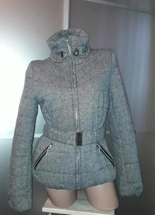 Твидовая куртка на синтепоне,в составе шерсть, р.м